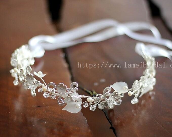 Sliver white Bridal boho flower hair vine , floral bridal headdress, wedding flower vine, bridal flower forehead crown, boho bridal headband