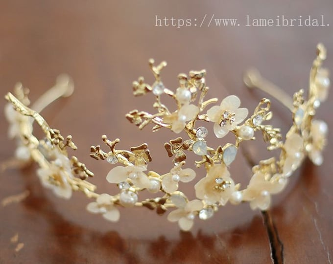 Bridal boho flower crown, floral bridal headdress, Golden wedding flower vine, Gold bridal flower crown, boho bridal headband, Flower Vine