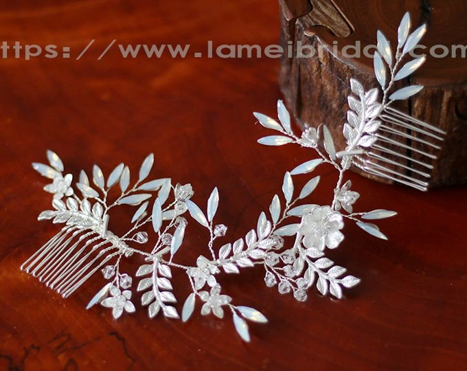 Leaf Wedding hair accessory, silver white leaf hair clip ,leaf bridal headpiece,wedding hair clip, vintage style Silver white Leaf hair comb
