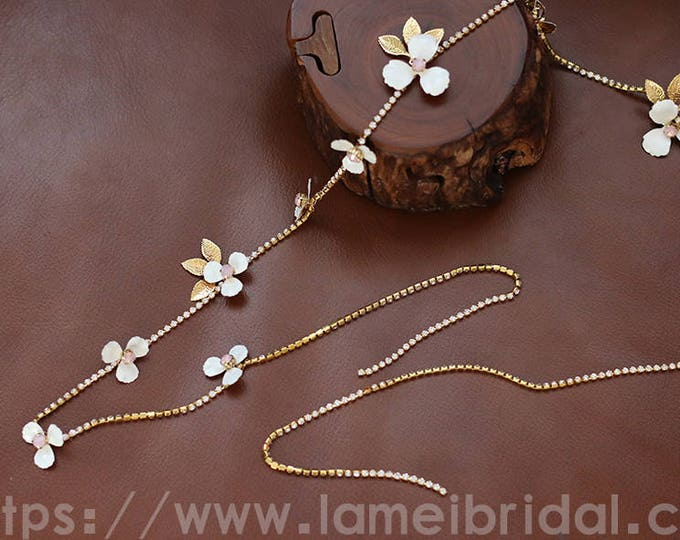 Boho Crystal Headband, Light gold Bridal Tiara, Crystal wedding tiara,Flower hair chain,Gold beach wedding hair vine,small flower hair chain
