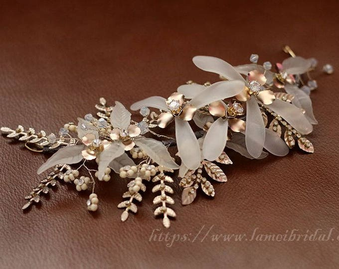 Heavy beaded  Bridal hair vine,  Bronze wedding hair clip, short Bridal Hair Vine, Bridal Headpiece, Crystal Bridal Headband