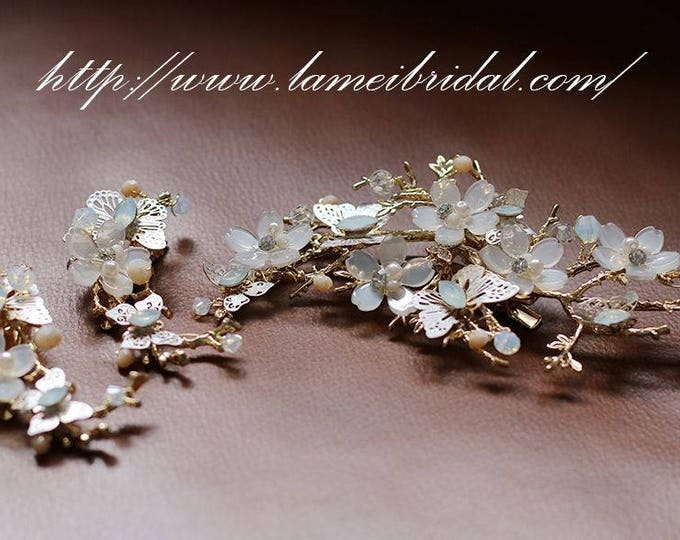 Handmade Gold  Butterfly and Flowers Bridal or Bridesmaid Hair comb ,Bridal Butterfly Hair Pins, Pearl Hair Pins, Set of 3,Bridesmaids Gift