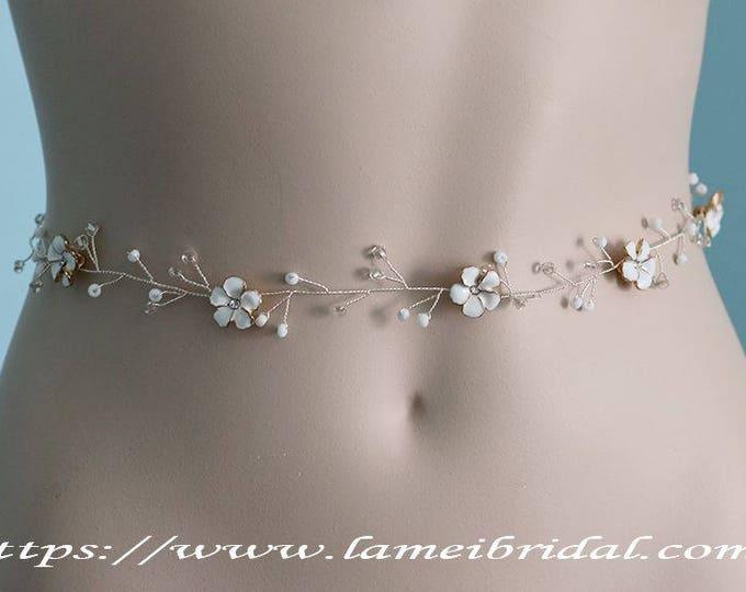 Fall Rustic small white Flower Wedding dress belt, bridal sash belt, Flower Headpiece, Bridal Flower belt , Bridal headpiece Bridal vine