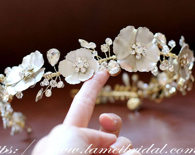 Gold leather flower crown,Gold bridal headpiece, bridal tiara,Gothic Bridal Hair Vine, Bridal Headpiece, Gold leather Flower Bridal Headband