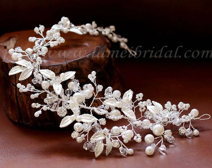 Heavy beaded Silver white flower and  leaves Bridal hair vine. silver wedding hair Halo, Bridal Hair Vine, Bridal Headpiece, Bridal Headband