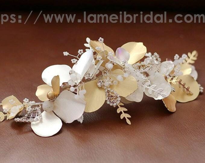 Bridal boho flower Hair clip, floral bridal headdress, Golden wedding flower vine,bridal flower crown, boho bridal headband,Gold Flower Vine