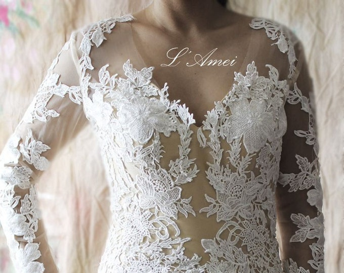 Sexy Fitted Long-Sleeved Ivory Lace Mermaid Wedding Bridal Dress with Champagne Liner,V neck  Floor length lace wedding dress