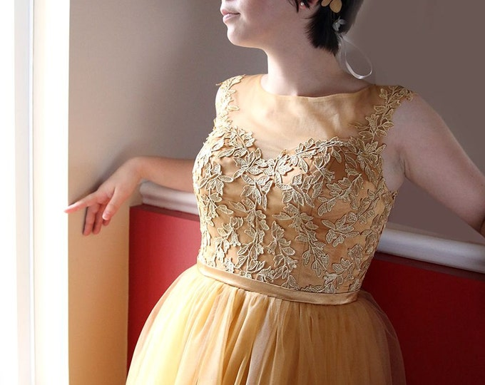 SALE-A-Line Knee Length Golden Lace Prom Party Wedding Graduation Dress with Illusion Back and Neckline