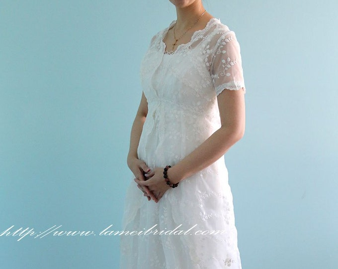 Retro Design Two-Piece Embroidered short Sleeve Ivory Lace Bridal Wedding Dress Gown. Perfect For Woodland or Beach Wedding-L'Amei 2017