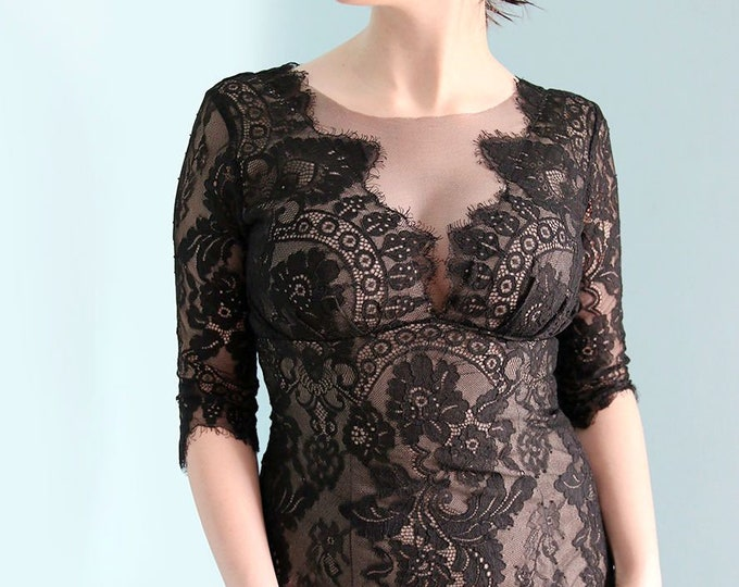 Simple Floor Length V Neck Black Lace Sheath Wedding Dress with Nude Liner and 1/2 Sleeves and Small Train NEW for 2018 LAmei Bridal