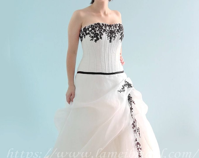 Plus Size Friendly -Black or Red Lace Ruffle Wedding Gown with Attached thin Sash , A-line Princess Corset Ball Gown,Christmas wedding dress