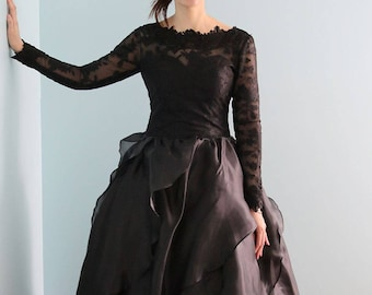 Goth Style Winter Black Lace  Long Sleeve Wedding Bridal Dress Gown Design by L'Amei 2017