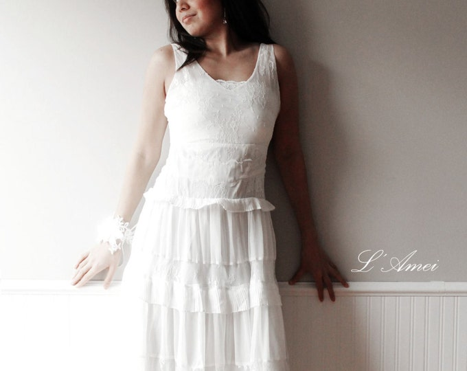 CLEARANCE - Soft Lace Ivory-White Romantic Beach Style Wedding Dress , Lace Bridal Gown, beach wedding dress , Boho bridal dress