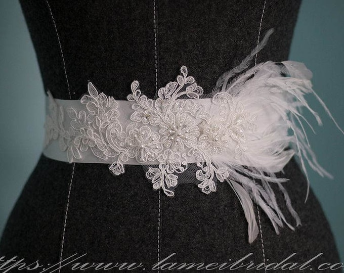 Simple Design Beautiful Feather Flower and lace Wedding Sash with Bling, Ivory white lace wedding dress belt, Feather Bridal Belt