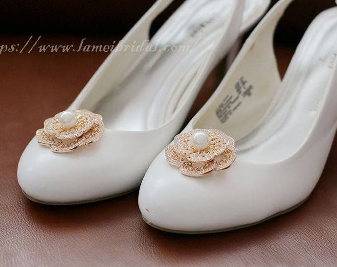 2pcs Beautiful Crystal Rhinestone Gold Flower Wedding Bridal Shoe Clips