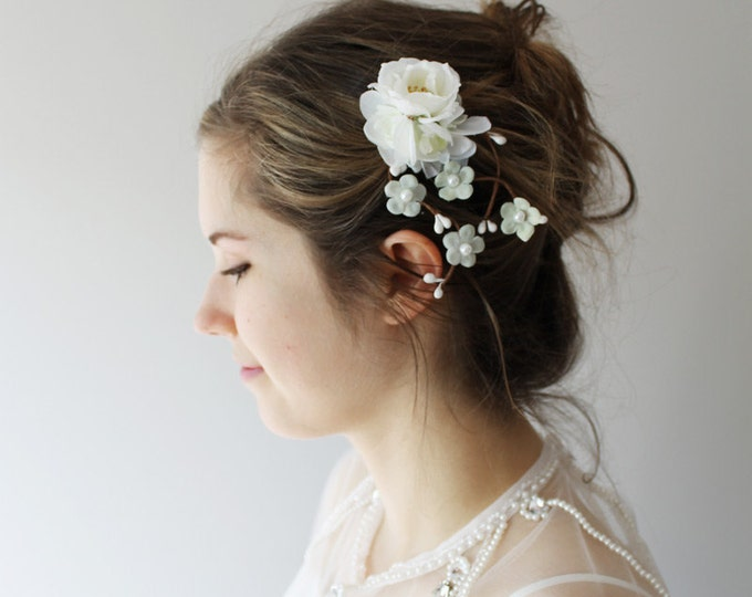 Small White Flower Bridal Hair Clip Wedding Accessory