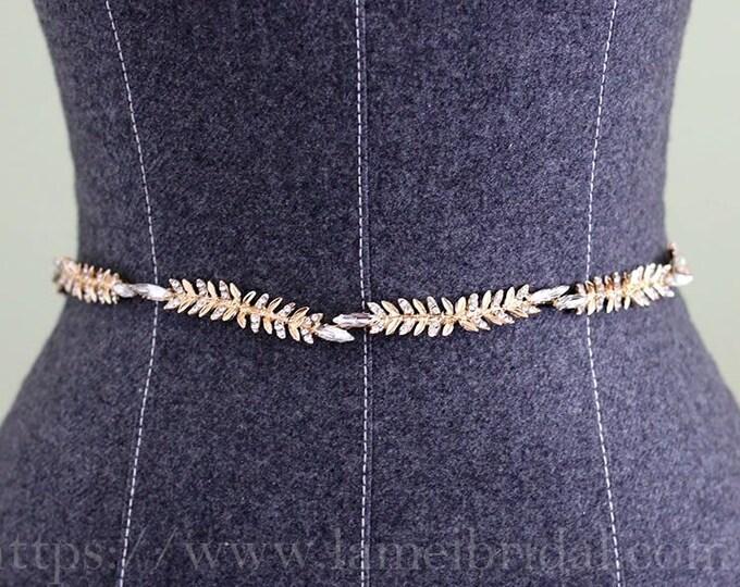 Heavy beaded Golden leaves Bridal sash belt. gold wedding dress belt, Gold leaf Bridal belt with crystal, Leaf Narrow waistband