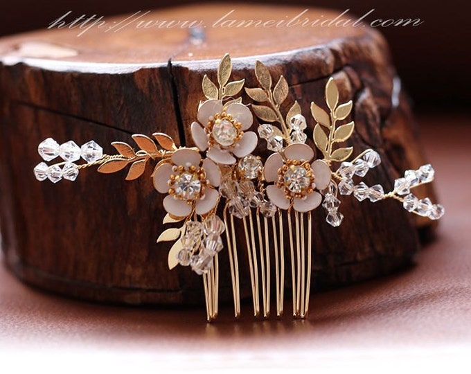 Pretty in golden Comb - Bridal Flower Hair Accessory - Bride Bridesmaid Flowergirl - Wedding Hair Comb Bridal Hair Comb Bridal Haircomb