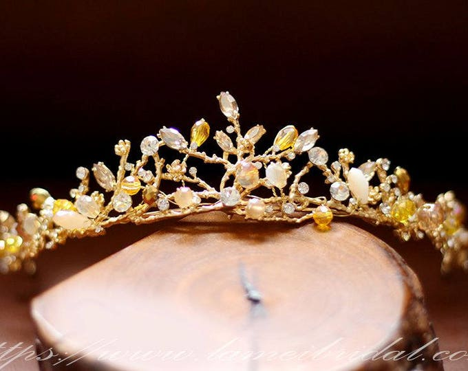 Woodland Princess Crystal Wedding Tiara-Gold and Yellow beaded bridal crown- Rhinestone wedding Crown for Yellow  prom dress