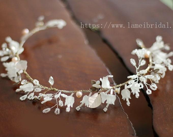 White Bell flower and  leaves Bridal hair vine. silver wedding hair Halo, Bridal Hair Vine, Bridal Headpiece, Bell flower Headband