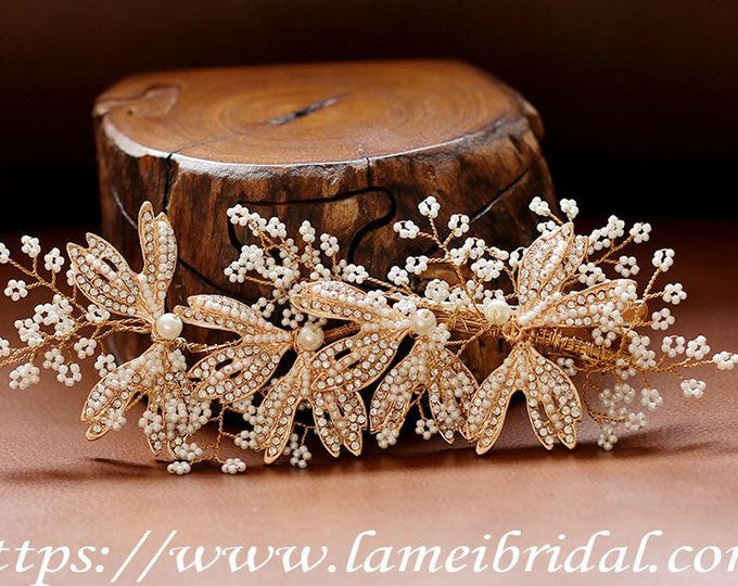 Light Gold Vintage Style Wedding Hair comb with small pearls and Accented with Crystal Rhinestones and small beads, Gold wedding hair comb