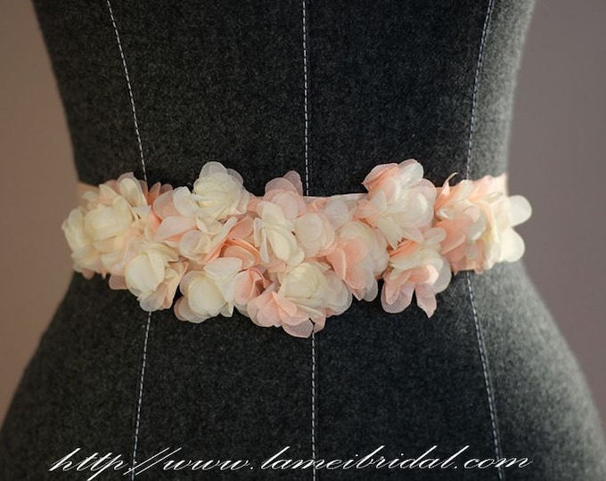 Blush pink Flower Wedding dress Belt, Cute hand-cut cream color Flower Bridal Sash,  Cute flower girl belt,wedding party sash belt