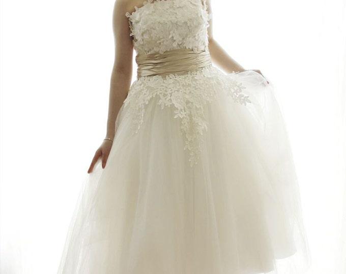 CLEARANCE - Retro Design Tea Length Flower Lace Wedding Dress with Champagne Sash-Short wedding dress- AM198328978