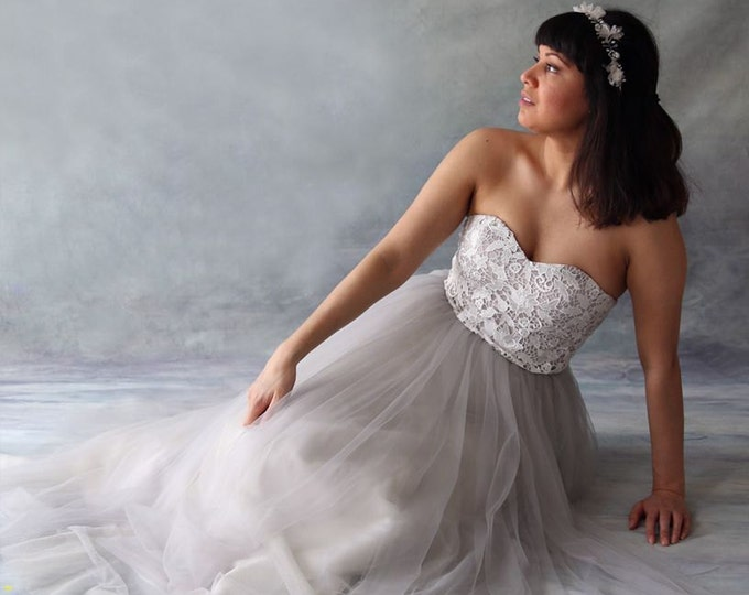 Custom Light Gray Tulle Wedding Dress with Lace Top - LAmei Bridal AM2345920