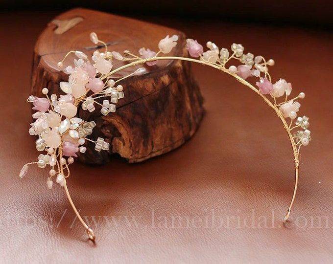 Pretty in Blush Bell flower hair vine - small pink Bell flower Leaf Bridal Hair Accessory - Bride or Bridesmaid headpiece -pink headband