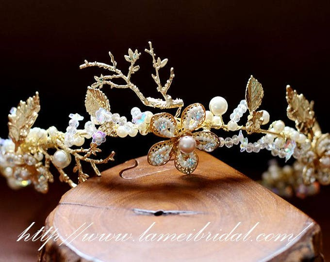 Sale-High quality -Woodland Queen Light Golden Wedding crown, Flower Bridal Tiara, Bride Headpiece with Swarovski Pearls and  Gold Flower
