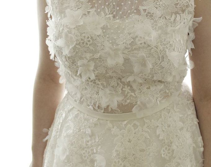 Floor length Intricately Beaded French flower Lace Wedding Bridal Dress -  Scoop neckline Ivory white lace wedding dress for outdoor wedding