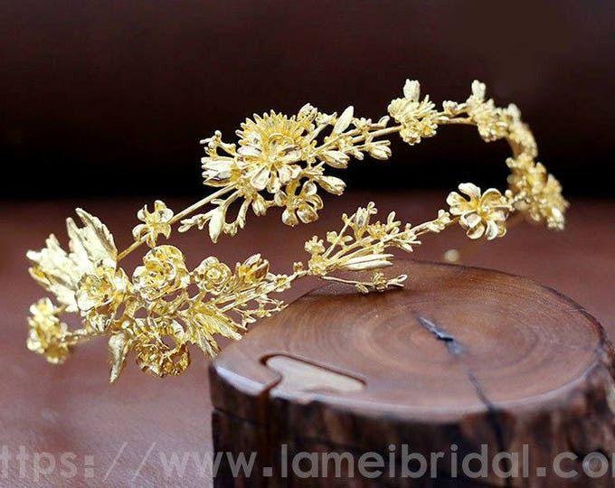 Gold flower crown, Gold bridal head piece, Gold bridal crown tiara, Gothic style Bridal Hair Vine, Bridal Headpiece, Bridal Headband