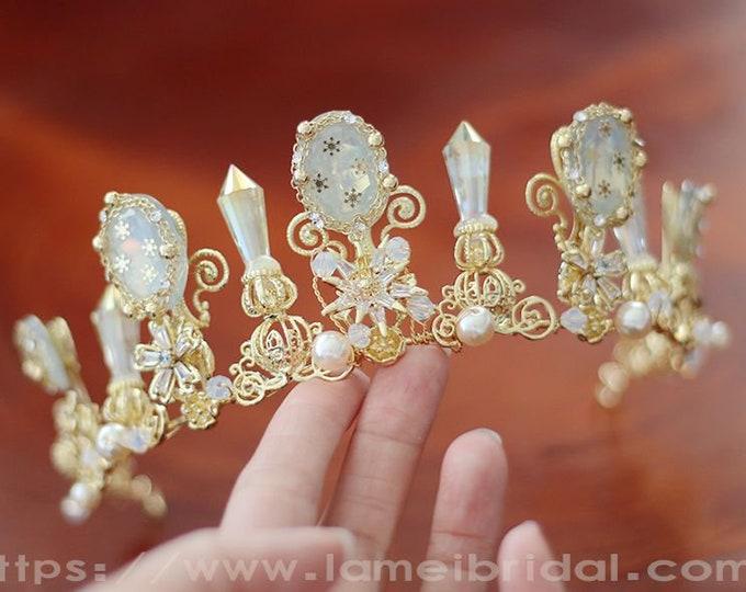 Cinderella's pumpkin carriage Gold Wedding hair crown , Gold leaf Crown , Gold bridal Tiara , Wedding crown, Gothic Tiara, Leaf Headband,