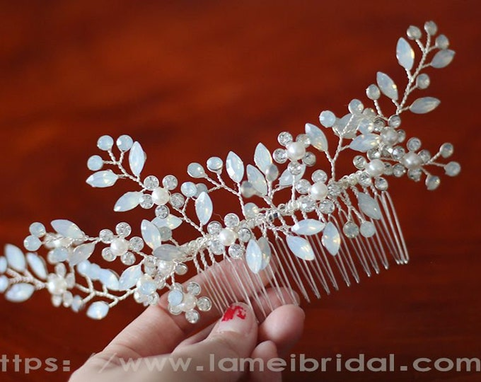 Heavy beaded  Bridal hair vine, silver wedding hair comb, Bridal Hair Vine, Bridal Headpiece, Beaded silver leaf Bridal hair comb