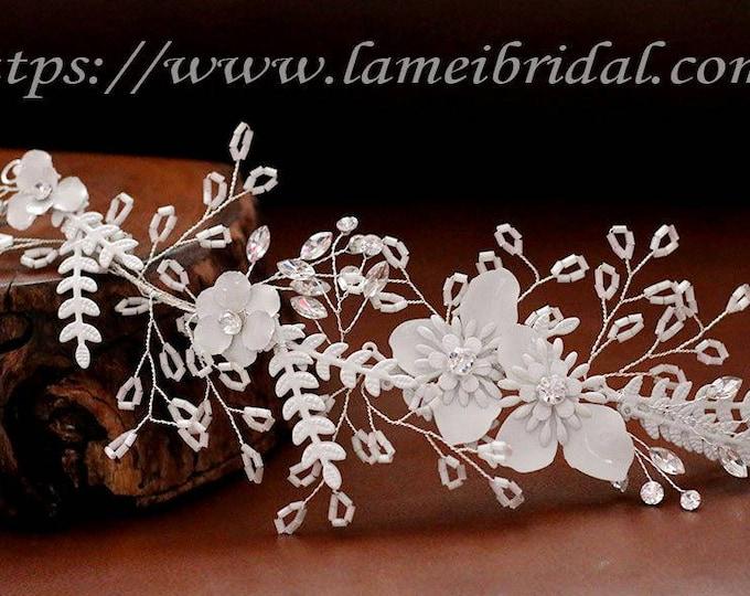 Heavy beaded Silver white flower and  leaves Bridal hair vine. silver wedding hair Halo, short Bridal Hair Vine, Bridal Headpiece, Headband