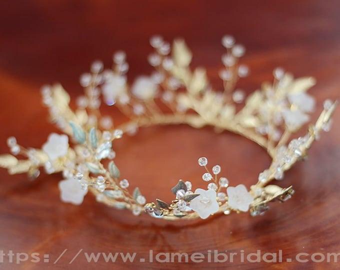 Forest Princess white Flower wedding Head crown,Floral Bridal Circlet Wild Flower Wedding hair vine ,white flower Headpiece with green leaf