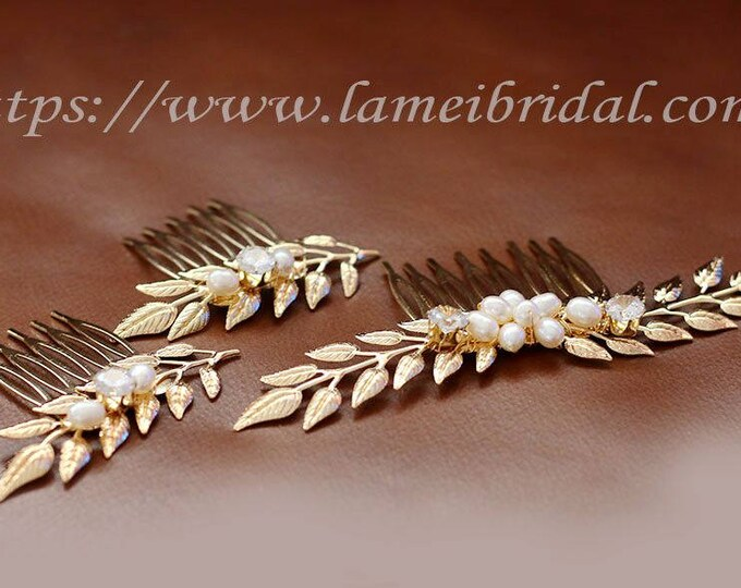 Handmade Gold Flowers Bridal or Bridesmaid Hair clip set , Gold leaf hair comb ,Bridal Hair Pins, Pearl Hair Pins, Set of 3,Bridesmaids Gift