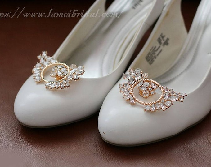 2pcs Beautiful Crystal Rhinestone  Golden Flower Wedding Bridal Shoe Clips