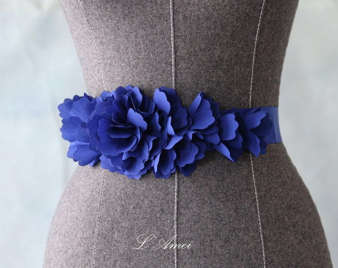 Romantic Handmade Blue Flower Wedding Sash,Blue  Bridal Belt with Retro blue Ribbon