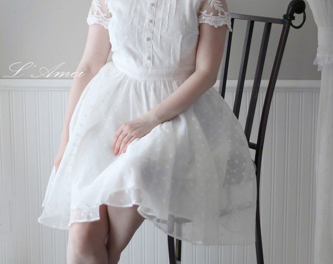 CLEARANCE - Vintage Style Alice in the Garden 2016  Knee Length A-Line Wedding Dress with Lace Cap Sleeves - AM198268550