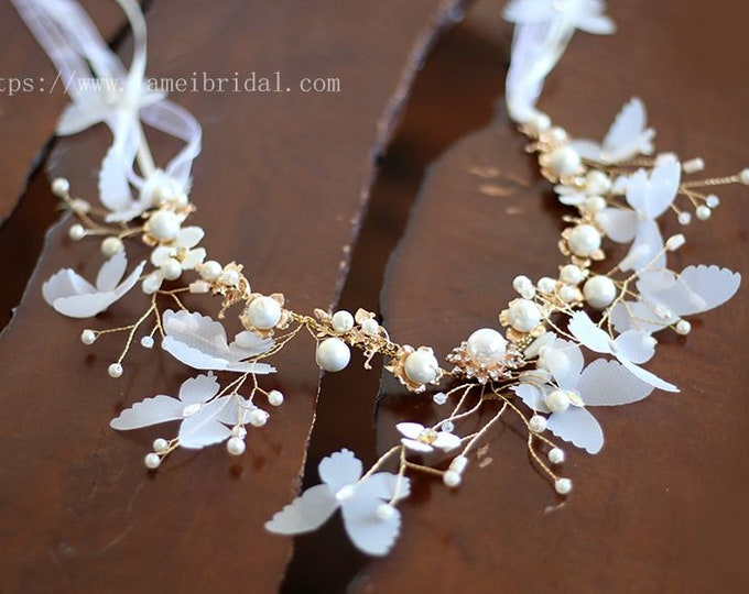 Gold butterfly Wedding crown, white butterfly  hair vine with Flowers , Small Flowers headband,  wedding dresss Hair accessories, headband