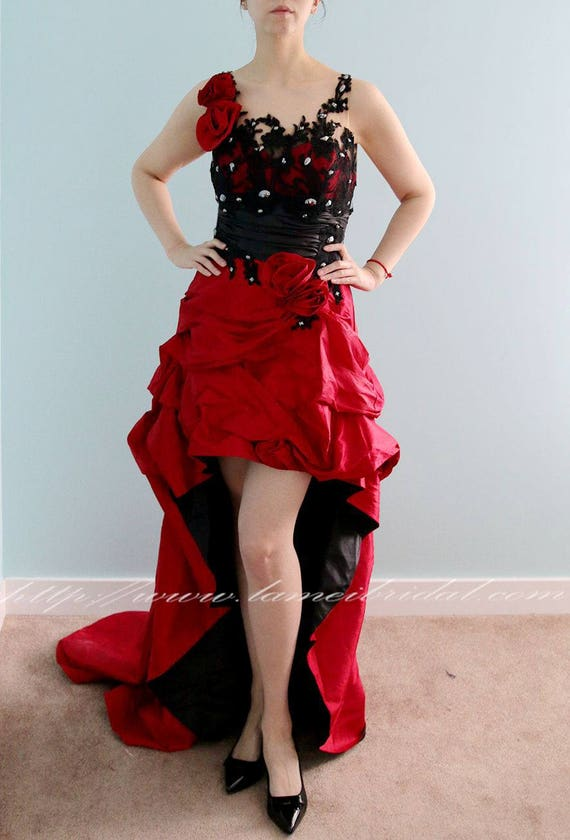 Clearance Red And Black Gothic Princess Wedding Gown With Etsy