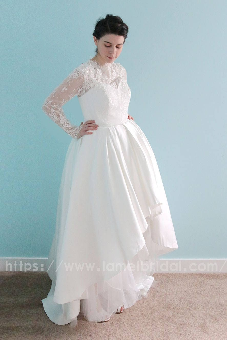 763388cbbf Short Lace Flower Girl Dress With Illusion Sleeves - Gomes Weine AG