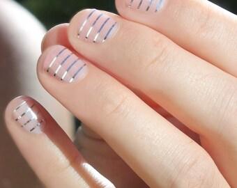 Silver Stripes Nail Wraps