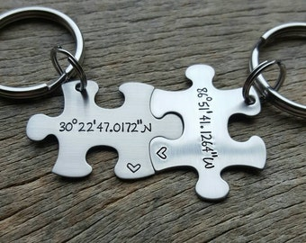 Customizable Coordinates Puzzle Piece Key chain Set - Hand Stamped Stainless Steel Couples set/ Best Friends Long Distance Relationship