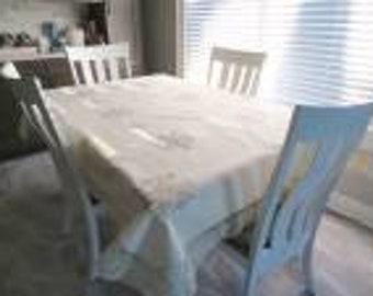 Vintage Linen & Lace Tablecloth