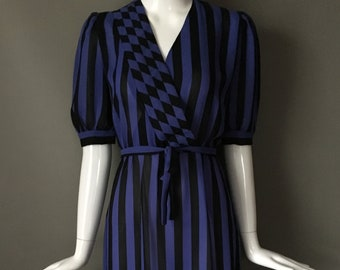 Super Cute Vtg 70s Lady Carol Petites Label Stripe Secretary Dress Cool Checkerboard Contrast Print Belt Vtg 8 M