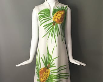 Darling Vtg 70s Vera Neumann Oversize Hospitality Pineapple Print Front & Back Sleeveless Dress M Mint Condition