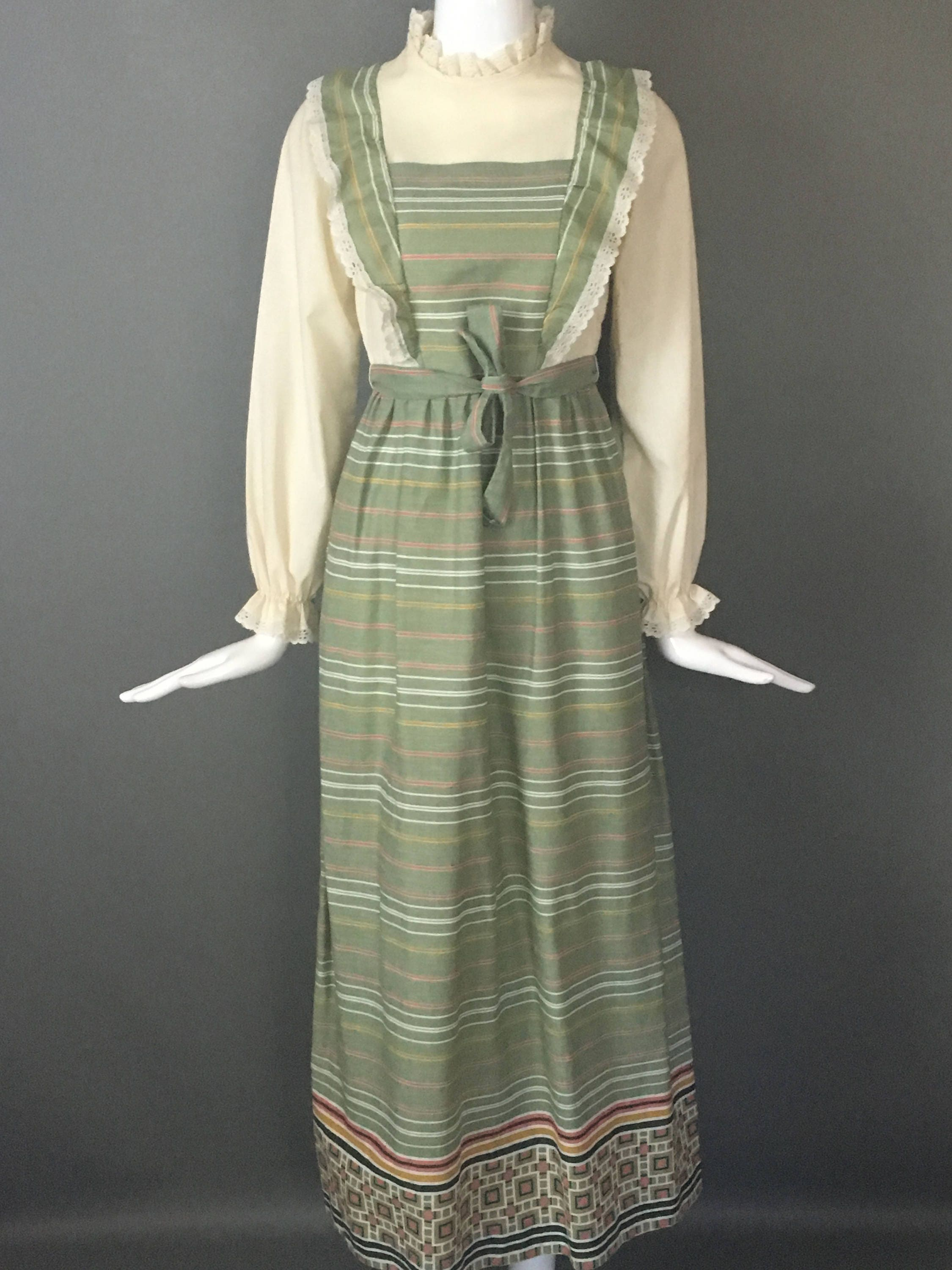 99991cab04cbe Darling Vtg 70s Sage Green Print Prairie Dress Ruffle Eyelet Attached ...