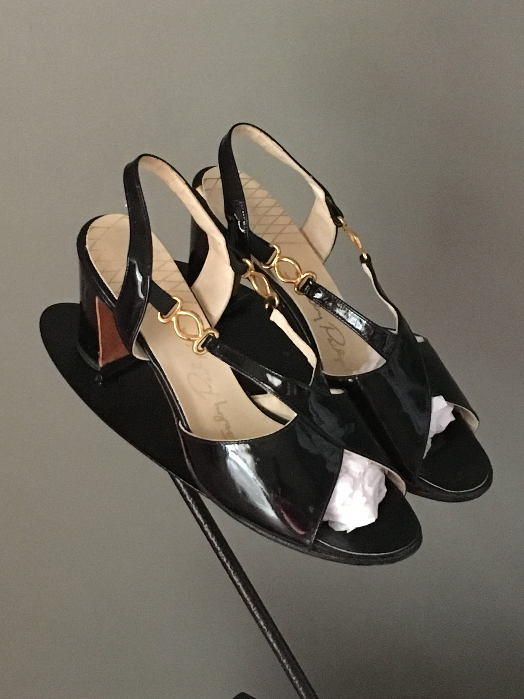 b70afa322c70 Gorg Vtg 70s Black Patent Leather Strappy Chunky Heel Sandal Shoe ...